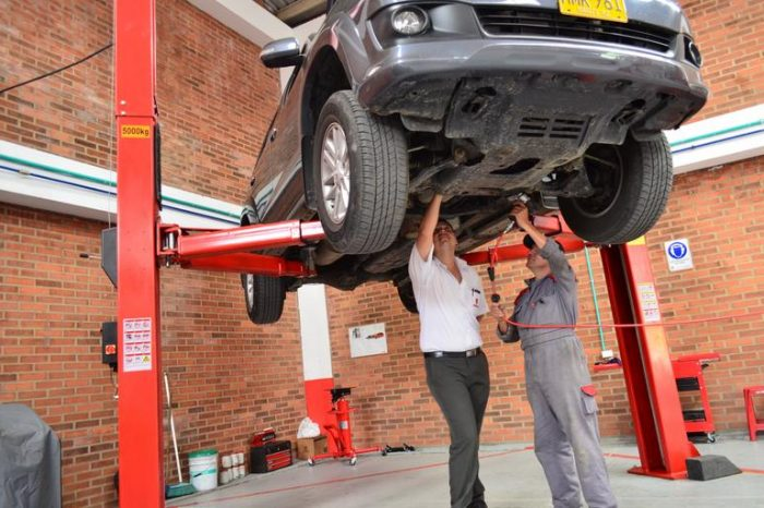 Automotive Repair Manuals - Auto Auto technician Tips and knowledge