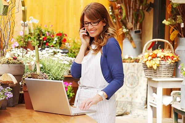Pros of Ordering Flowers Online